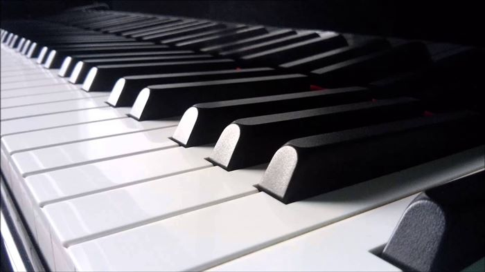 電子ピアノの選び方、おすすめ8選【鍵盤タッチで比較】ヤマハ・ローランド