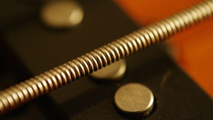 エレキギター弦の素材・種類・選び方【初心者~プロまで厳選8種】