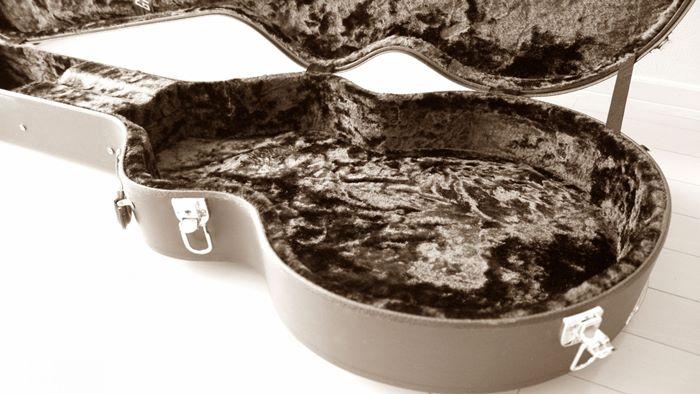 【エレキ・アコギ】ギターケースの特徴と選び方・おすすめ8選